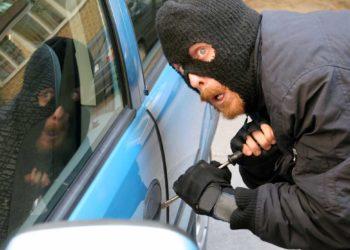 Incredibile vicenda accaduta ad un ladro di auto