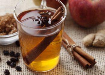 Acqua di mela e cannella per perdere fino a 4 chili